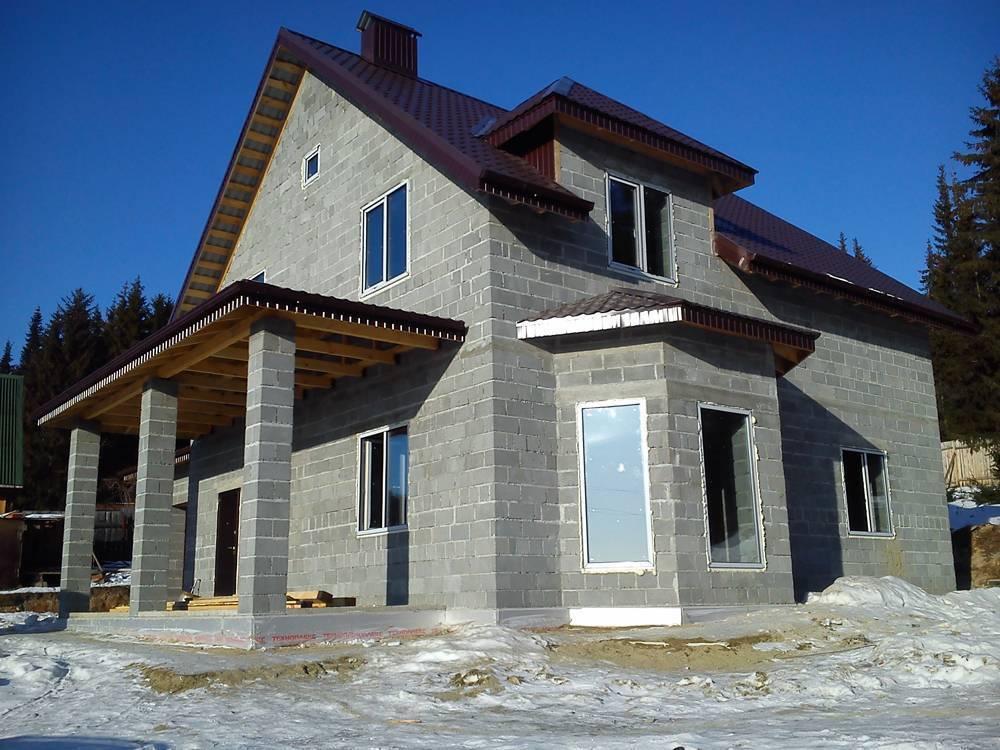 Дом из пеноблоков: плюсы и минусы, отзывы владельцев