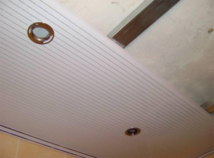 Крепление пластиковых панелей на потолок своими руками на кухне