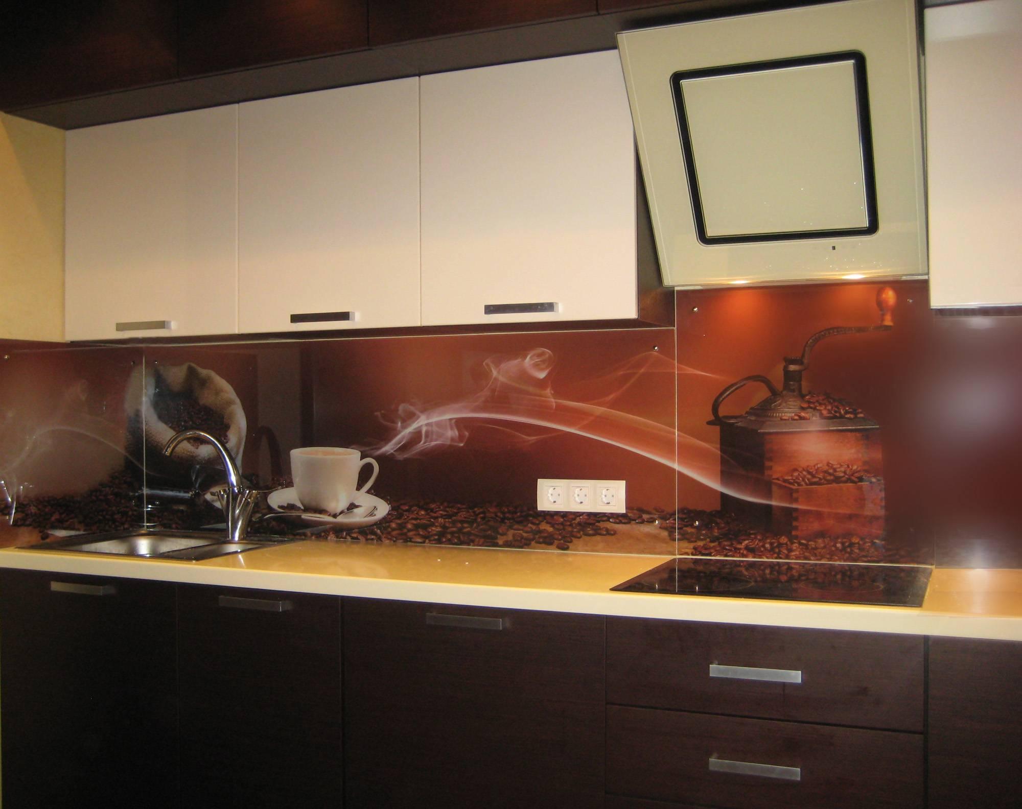 Установка скинали: правила и нюансы монтажа на кухне