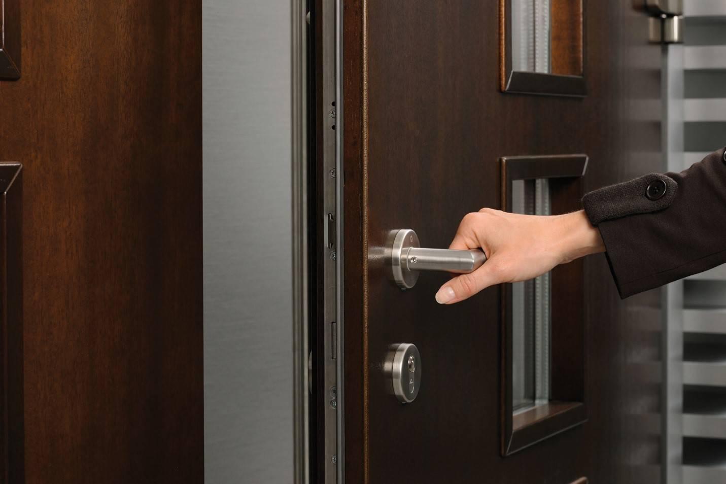 Как регулировать двери пвх
