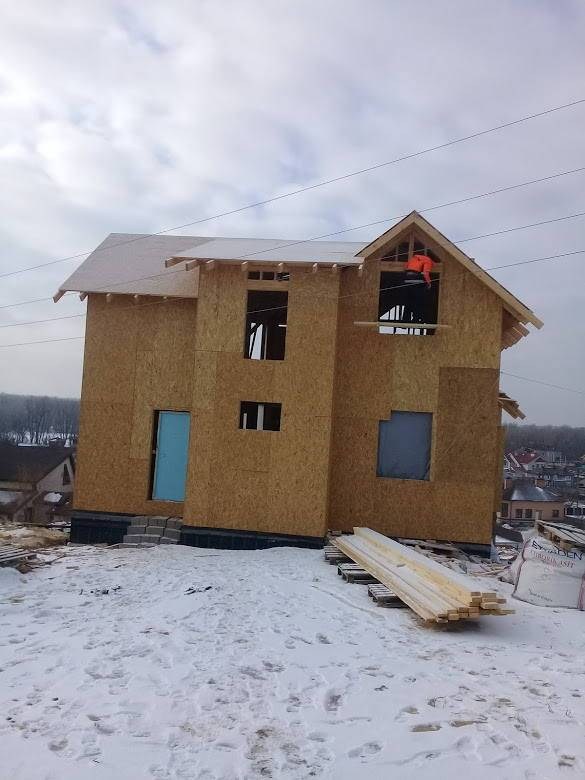 Строительство дома зимой. можно ли строить зимой?