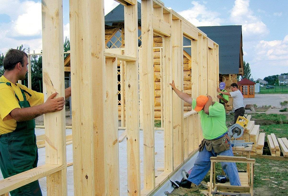 Строительство дома: как построить жилье быстро и дешево, но при этом качественно
