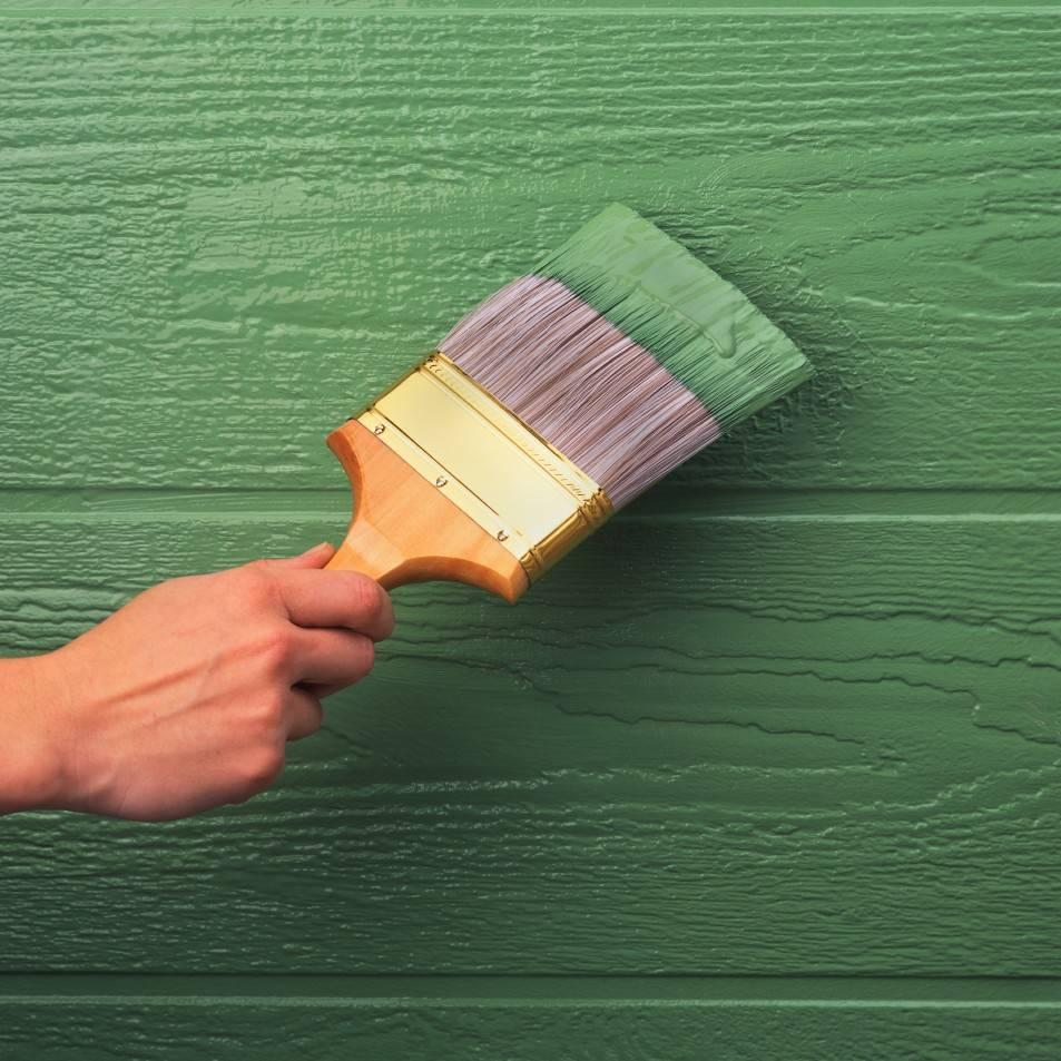 Покраска деревянного дома снаружи - технология выполнения работ