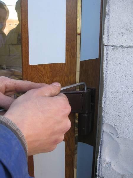 Регулировка входных дверей: виды, основные правила, скрип, трение, инструкция регулировки своими руками пошагово