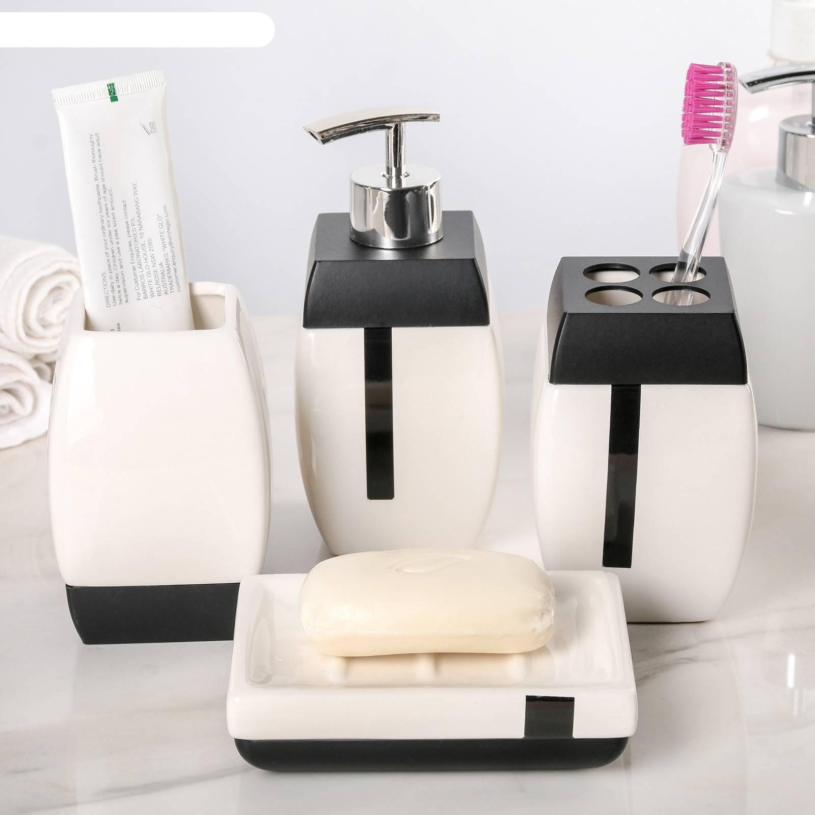 Аксессуары для ванной - обзор современных идей +100 фото