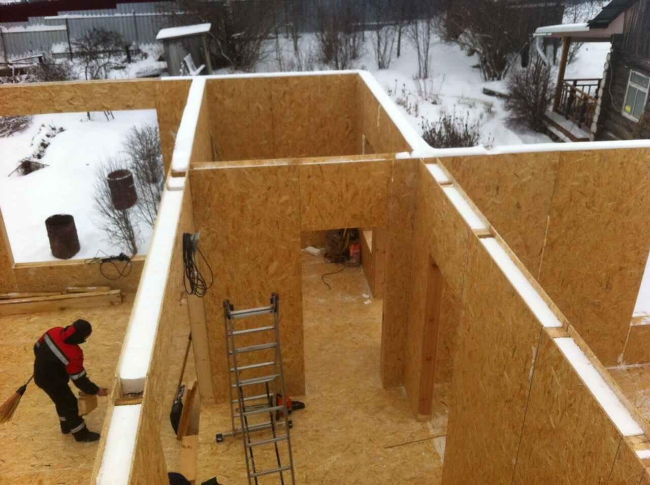 Можно ли строить дом в зимнее время?