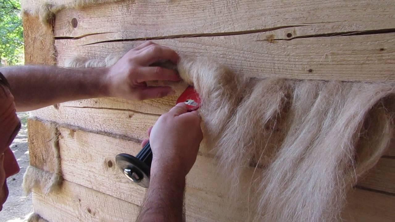 Как правильно конопатить дом из сруба — видео
