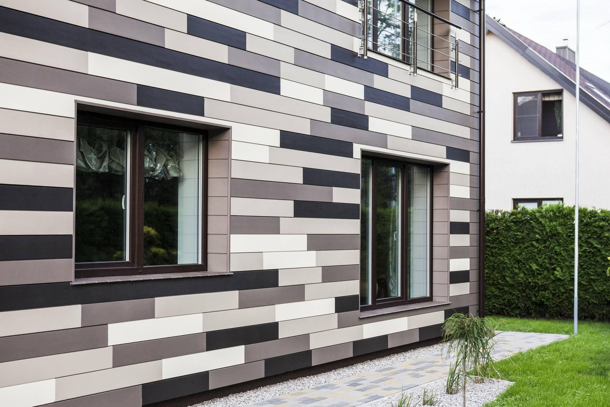 Фиброцементные панели для наружной отделки дома: характеристики и монтаж