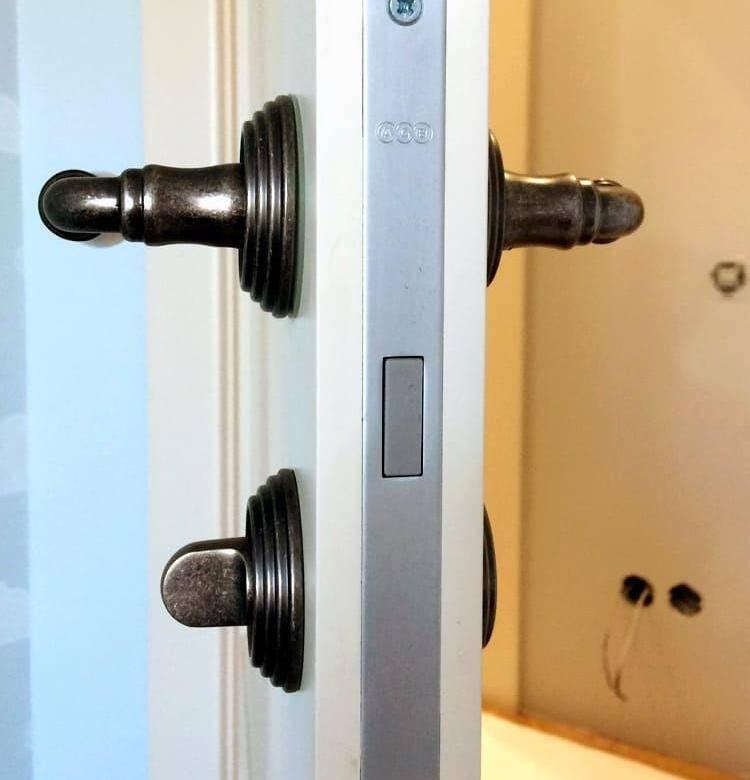 Как правильно врезать замок в межкомнатную дверь: как врезать замок в межкомнатную дверь: деревянную, мдф