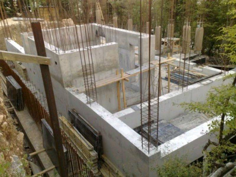 Как построить монолитный дом своими руками