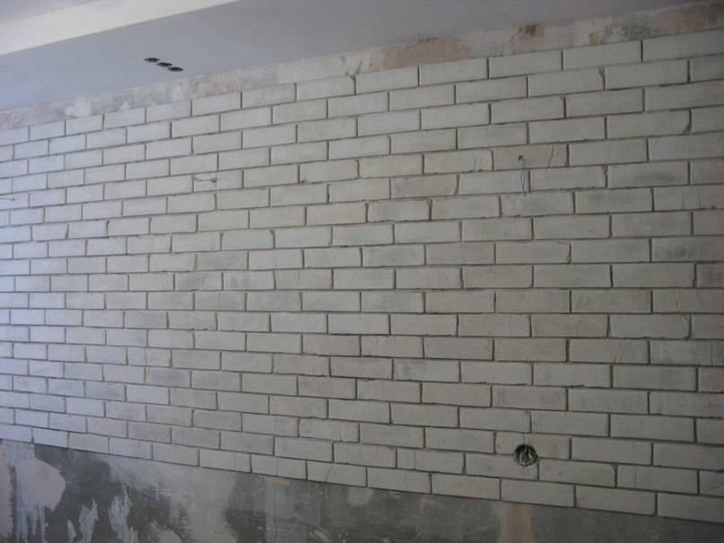 Кирпичная стена своими руками из штукатурки: как сделать имитацию кирпича