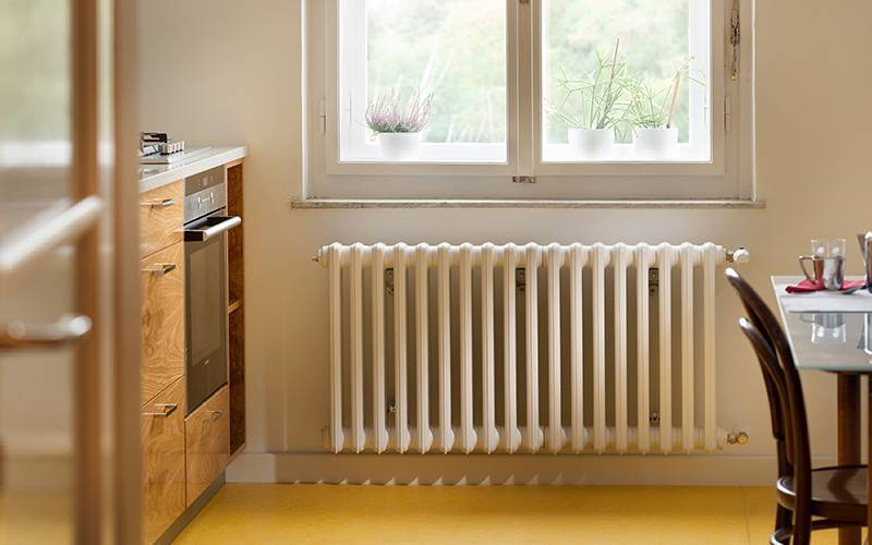 Какие радиаторы отопления лучше для квартиры, а какие - для дома