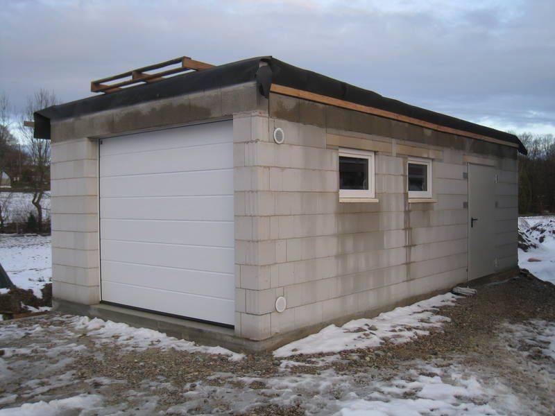 Возводим гараж из пеноблоков собственноручно: быстро и удобно