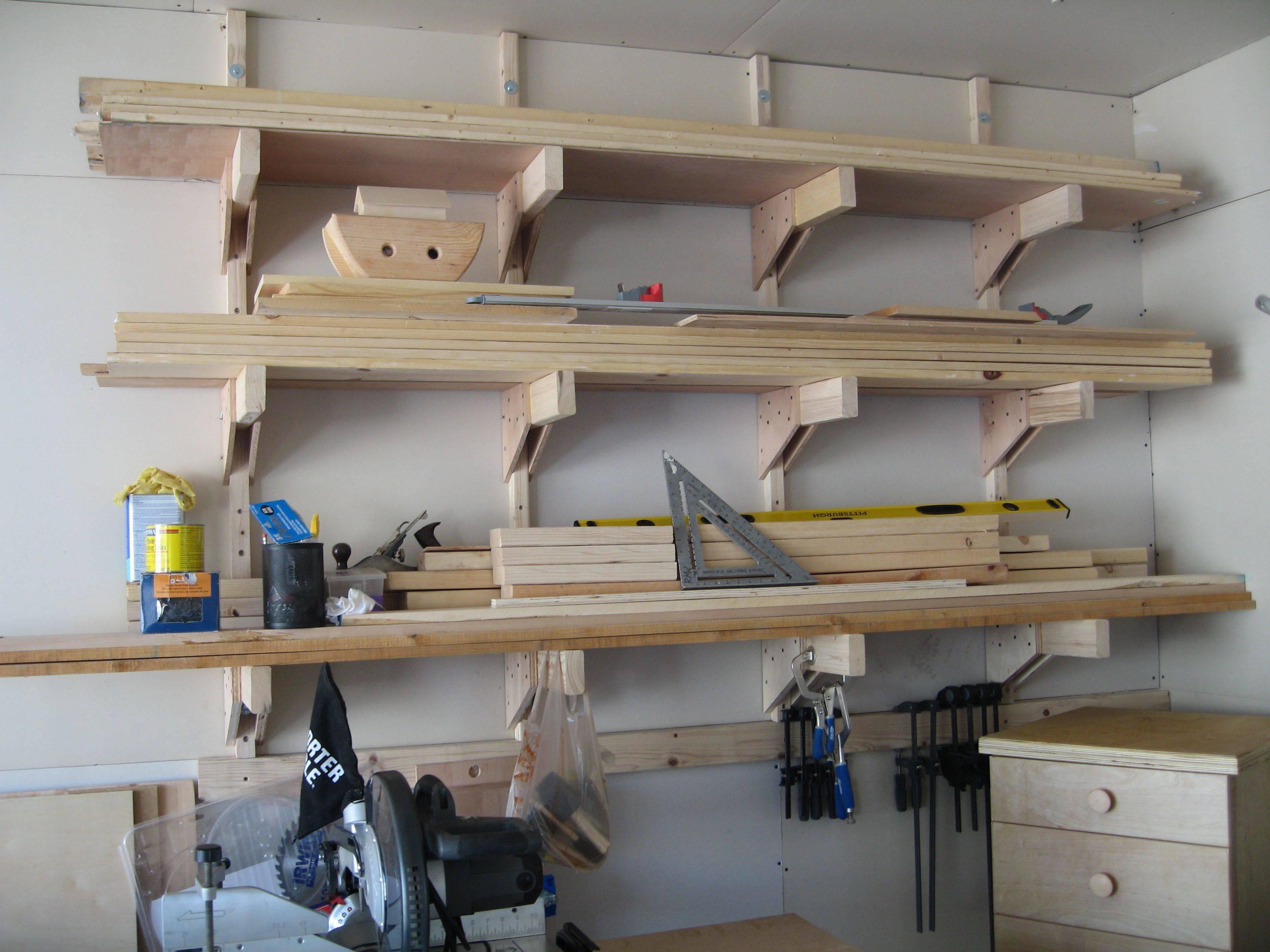 Полки в гараже: как сделать стеллаж для инструмента или колёс своими руками, что понадобится, инструкции по изготовлению