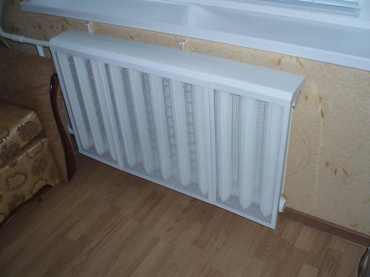 Экран-решетка для батареи отопления: пластиковые навесные защитные панели пвх на радиаторы, размеры вентиляционных отверстий, фото