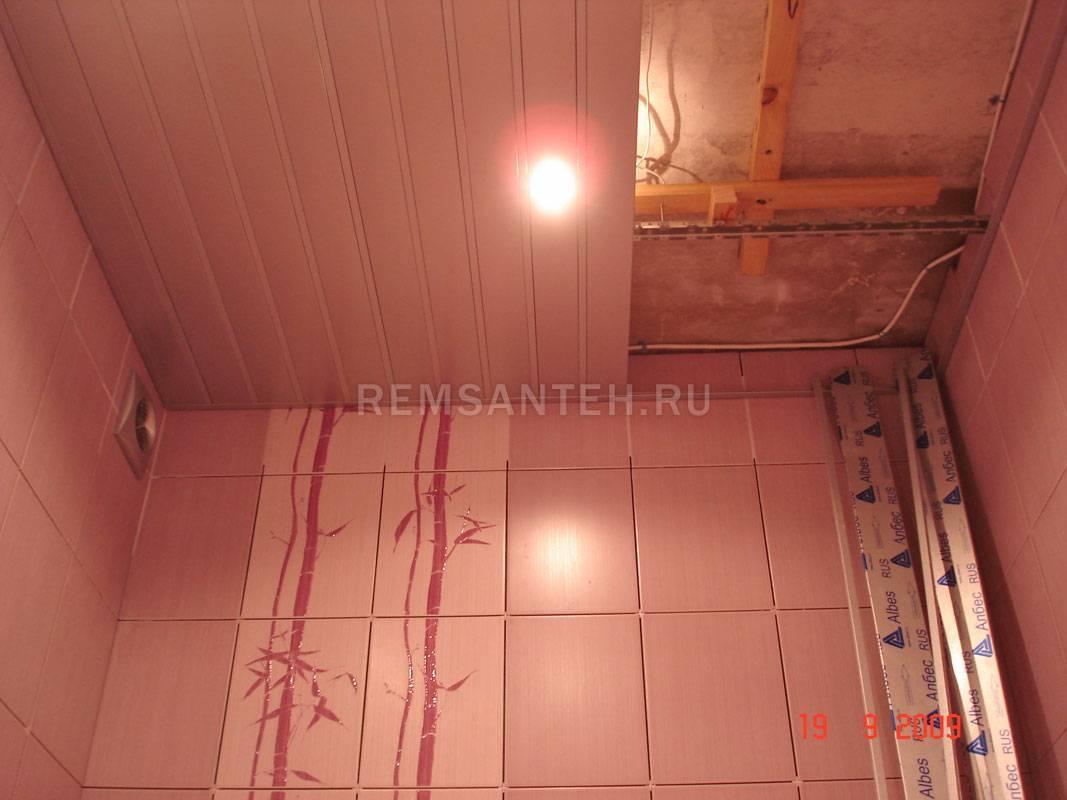 Пластиковый потолок в ванной: как монтировать своими руками | ремонт и дизайн ванной комнаты