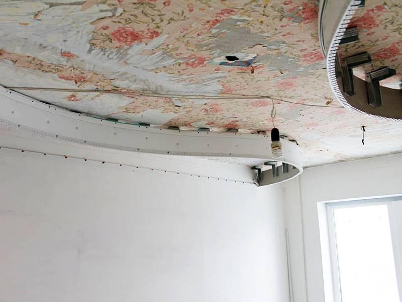 Делаем правильно демонтаж потолка из гипсокартона