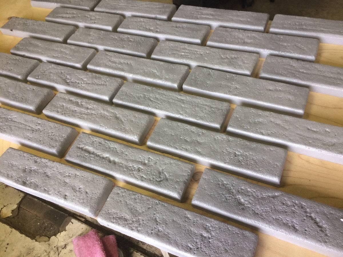 Имитация кирпича из пенопласта своими руками - декоративная стена