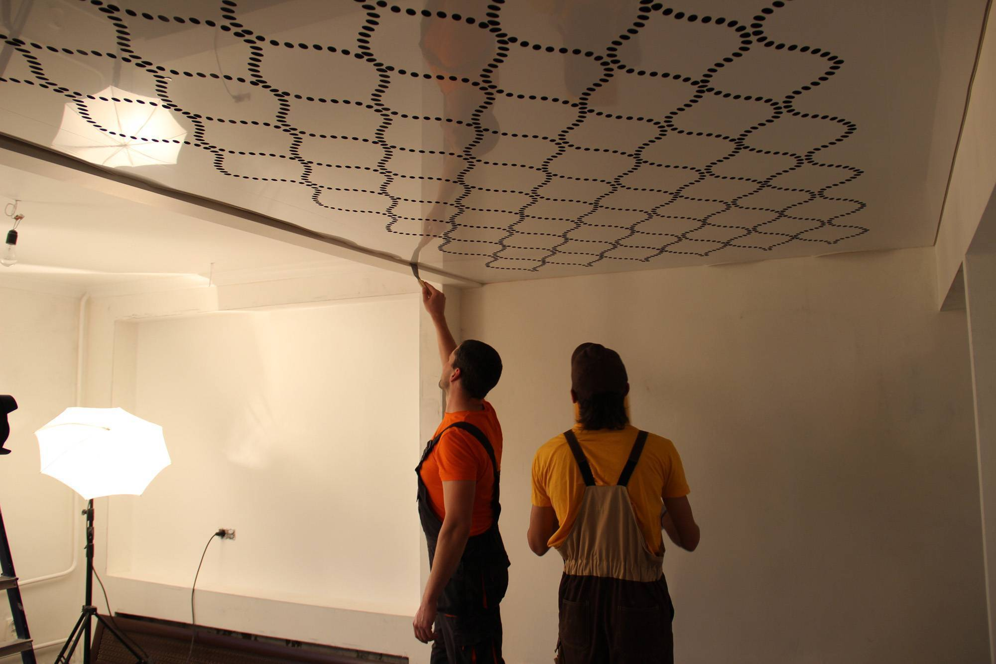 Натяжные потолки цена за 1м2 с установкой и работой, своими руками монтаж