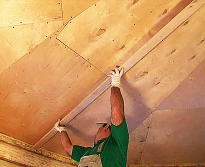 Потолок из фанеры — плюсы и минусы