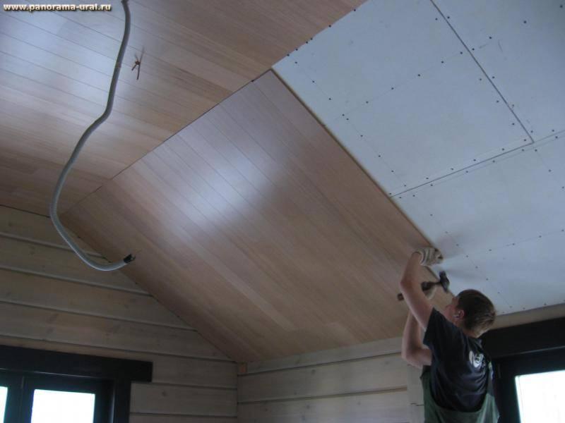 Ламинат на потолке в интерьере: инструкция как крепить своими руками, дизайн, видео и фото