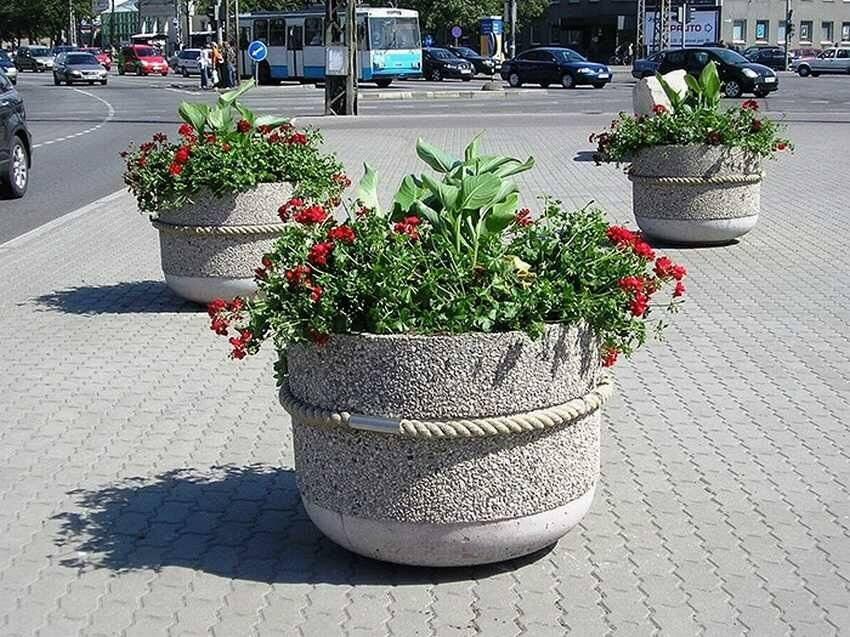 Как сделать уличные вазоны для цветов своими руками