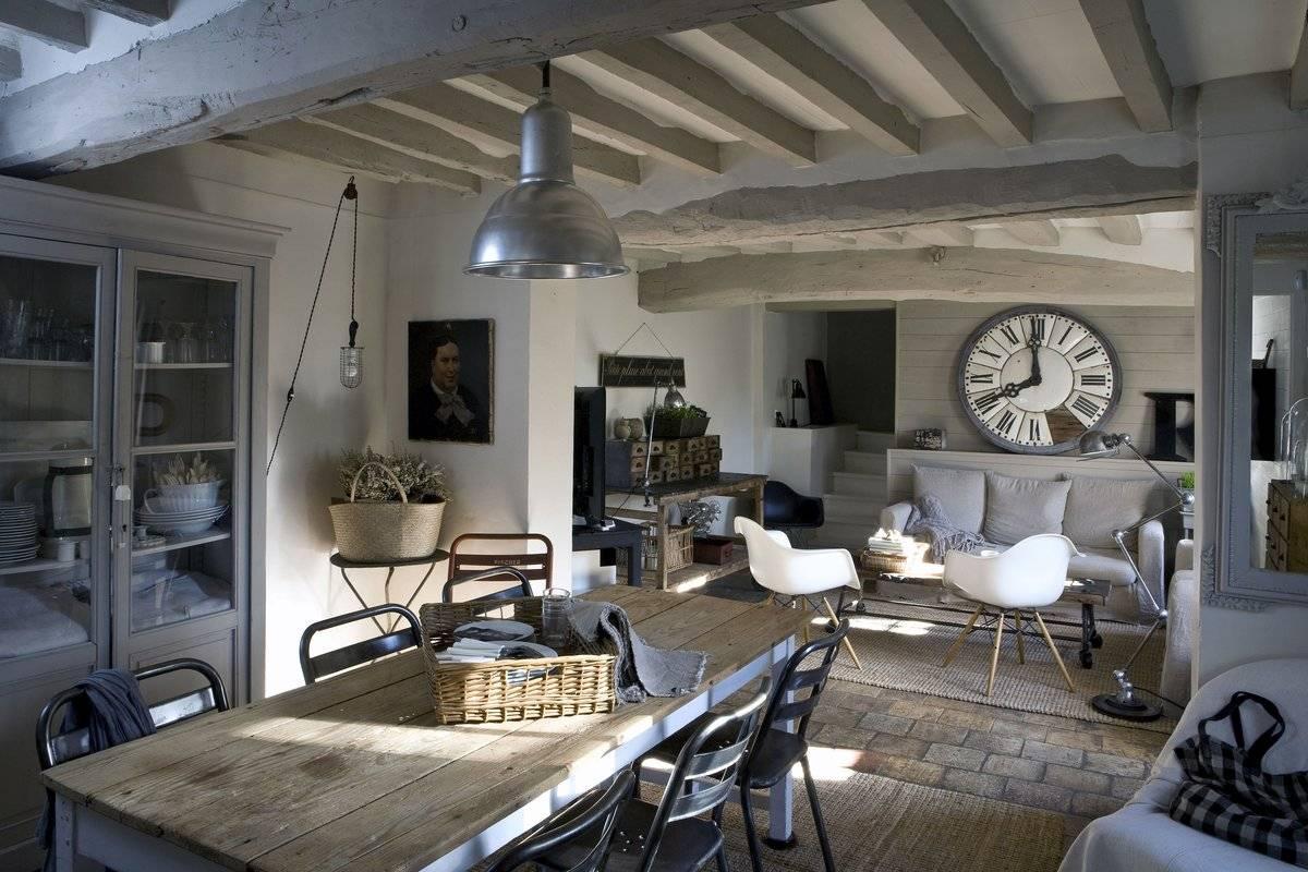 Интерьеры в стиле лофт и классика, арт-деко, гранж, скандинавский или эко: можно ли совместить разные дизайны в комнате?